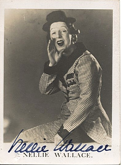 Wallace, Nellie signed photocard
