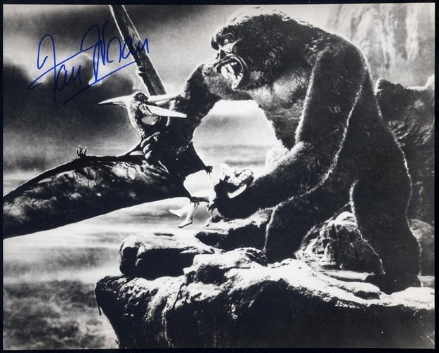 Wray, Fay - Signed photo from King Kong